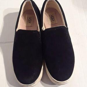 Ugg fierce slip on shoes